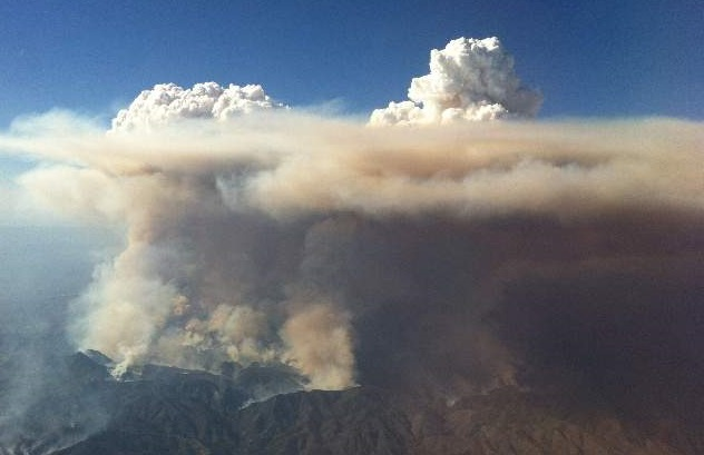 Smoke from large Arizona wildfire during 2013 fire season. Photo by U.S. Forest Service.