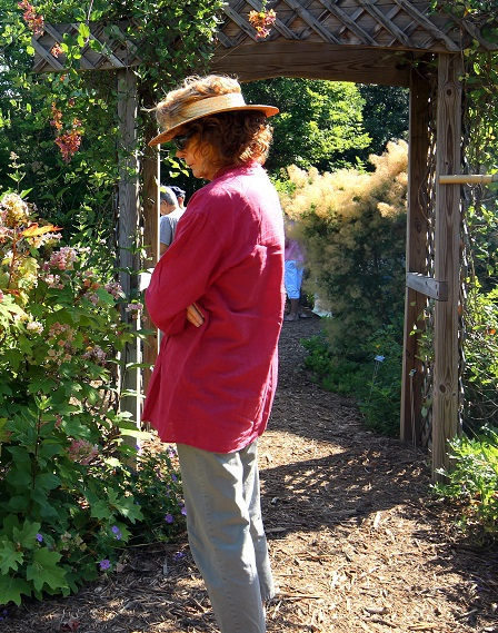 About 30 people visited the SRS People's Garden during National Pollinator Week. Visitors watched pollinators in action and talked to Forest Service and Master Gardener volunteers about how to sustain pollinators and how to create pollinator gardens of their own.